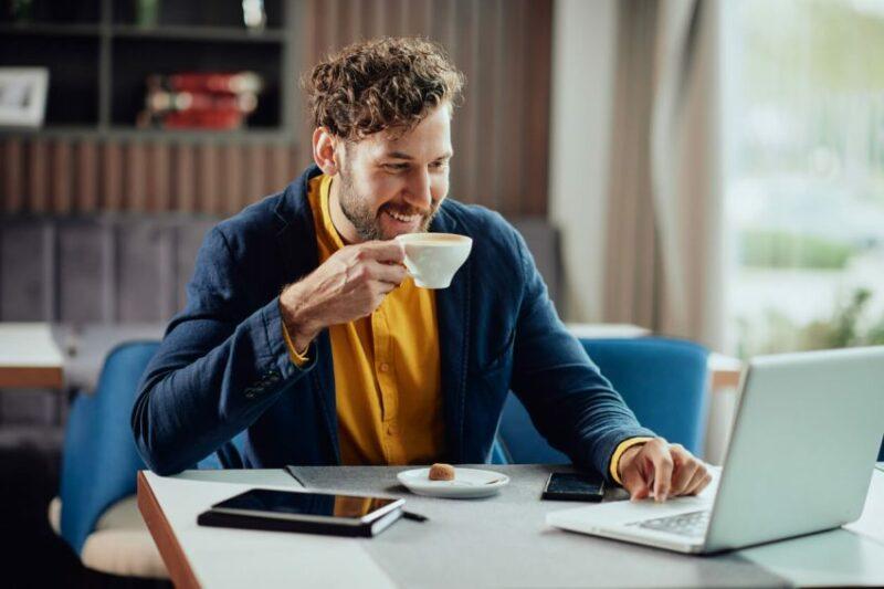 Café no coworking